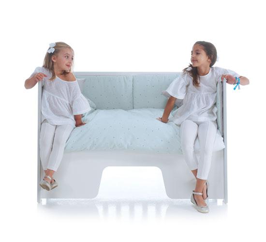 Divanetto derivante dalla trasformazione dal lettino fianco letto OMNI